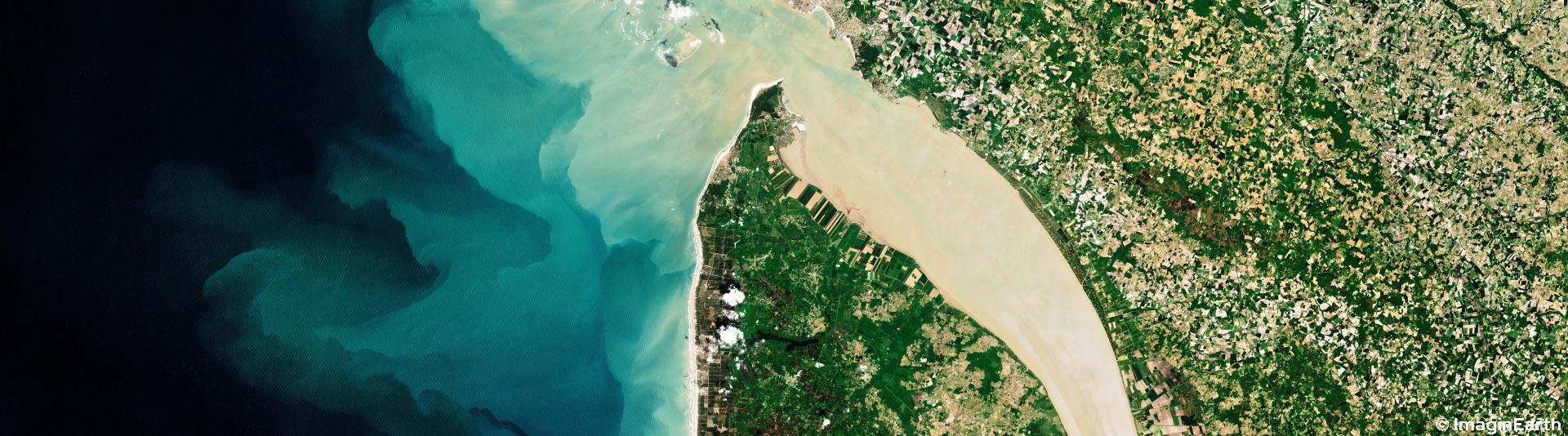 travel-france-satellite-imaginearth